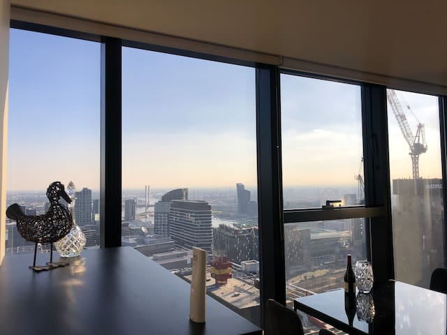 Spacious private bedroom with sweeping views CBD