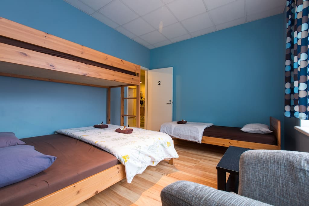 The room has a double bunk bed plus single bed and can be used by a group of 3 or 4 persons