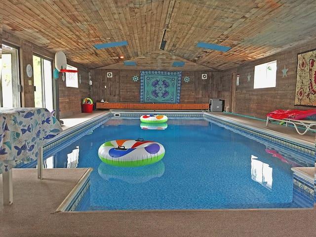 Luxury Indoor Heated Swimming Pool Spokane Houses For Rent In Spokane Washington United States