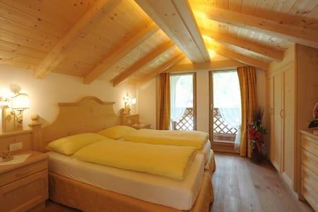 Romantic Chalet on Dolomites