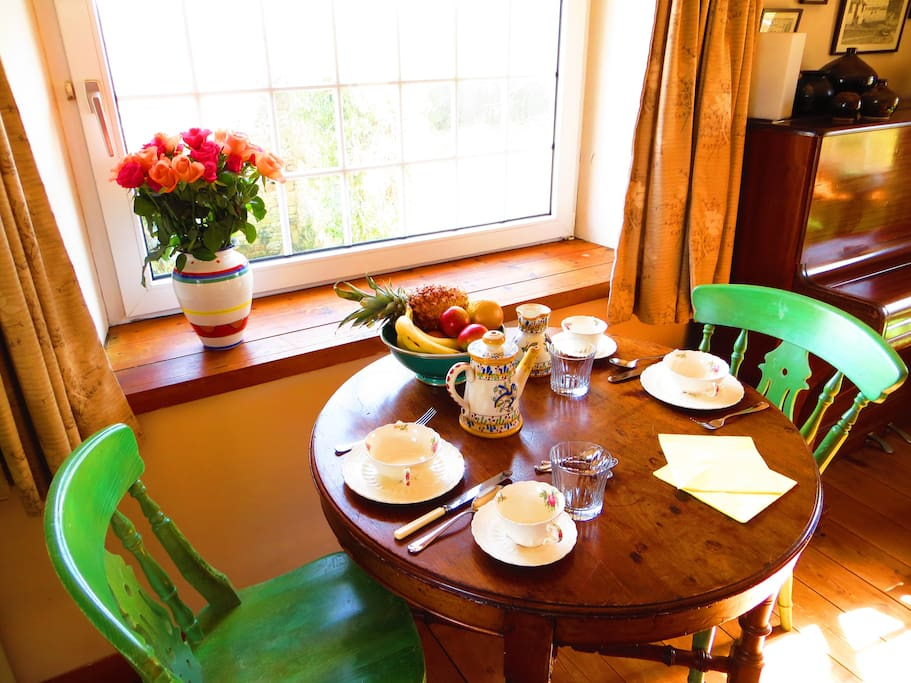 The dining area is situated at the rear of the large sitting room. Breakfast includes fresh fruits, yoghurt, nuts and cereals, toast, croissants and much more. Packed lunches are available at a small extra cost.