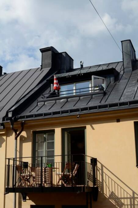 Roof terrace and balcony