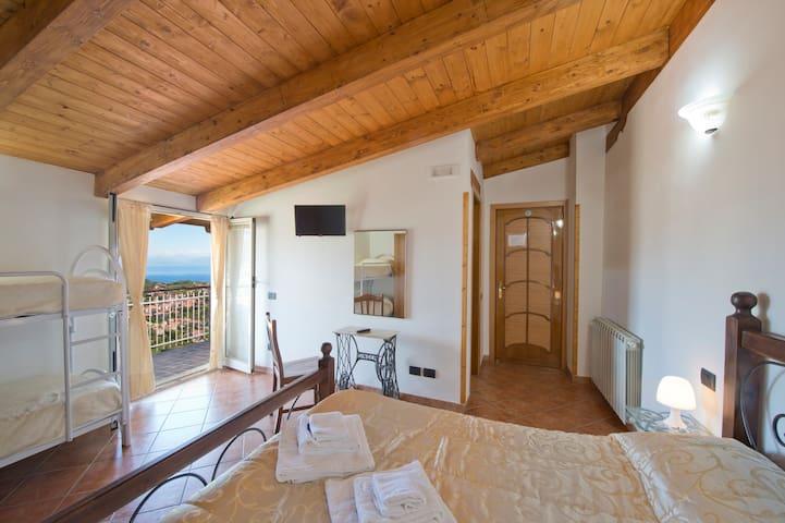 Camera Gaia In Amalfi Coast - Agerola - Bed & Breakfast