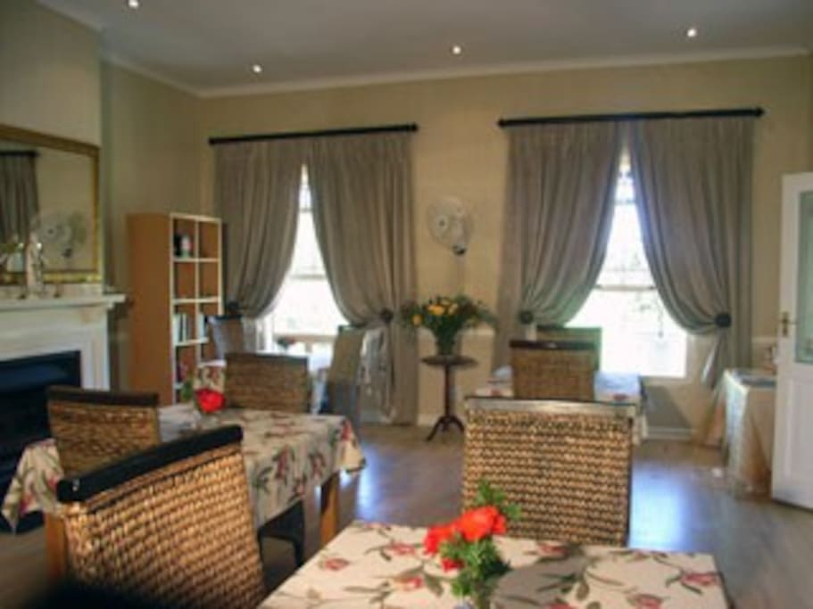 Luxury guesthouse on wine estate chambres d 39 h tes for Chambre wine