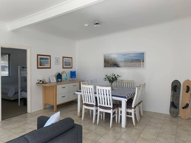 SALTY SHACK LANCELIN- TWO BEDROOM