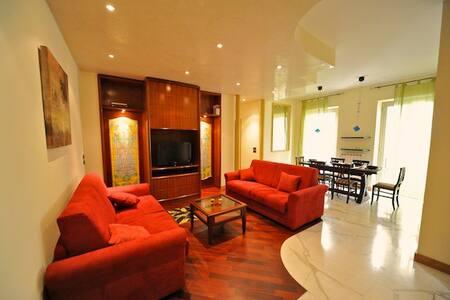 Elegant 2 bedrooms Campo dei Fiori - Rome