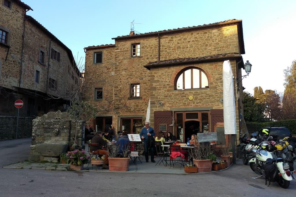 Foto turistica, Piazza della Torre