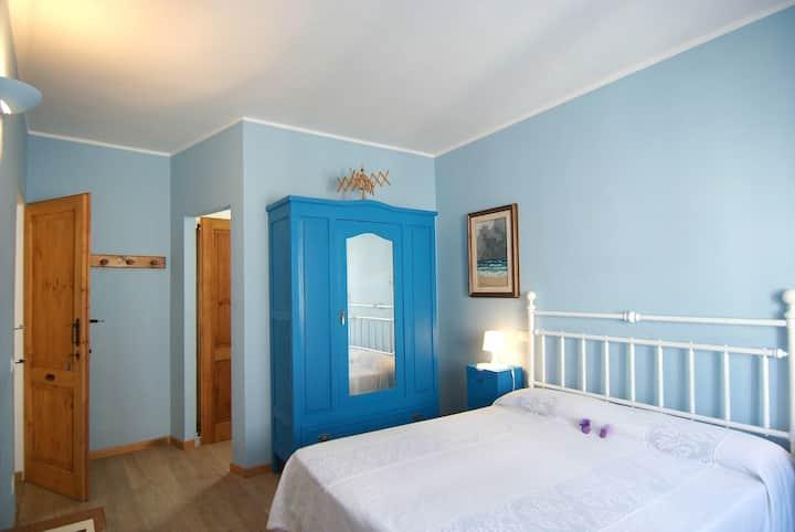Camera Azzurra - B&B Castrum Podii