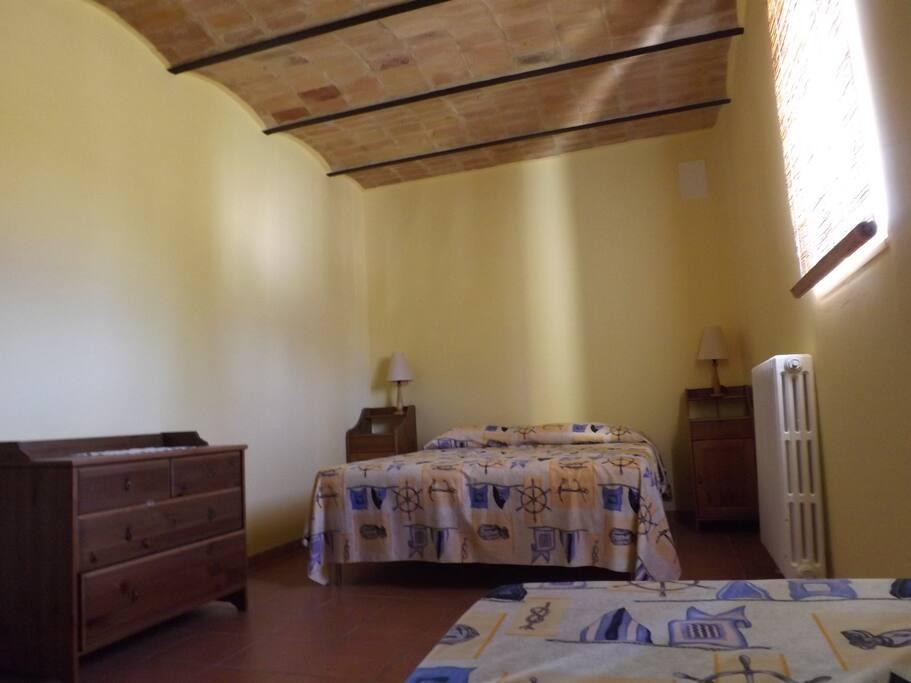 camera da letto 3 posti