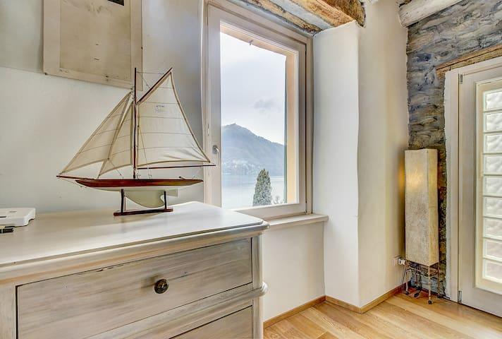 Luxury Ca Sbrisiga Como Lake View 1 BR apt - Moltrasio - Apartment