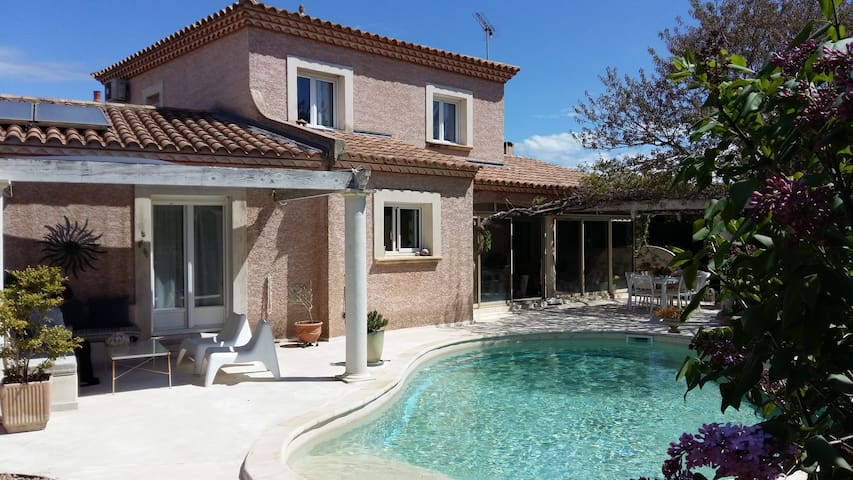 Very nice Bedrooms in a Villa - Castelnau-le-Lez