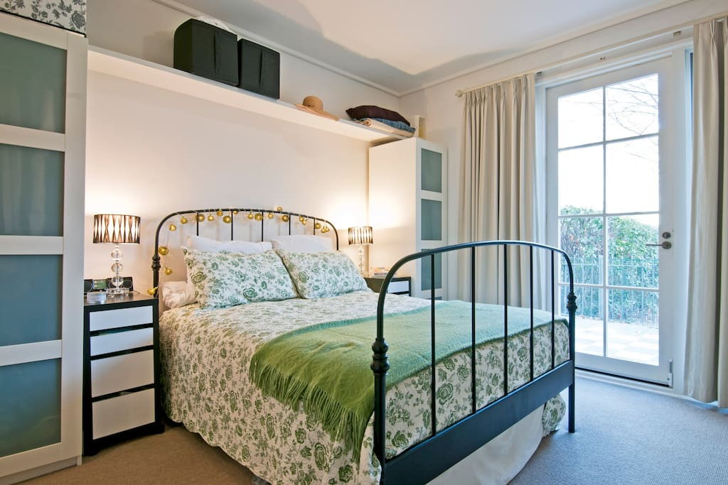 Large bright Master Bedroom with Queen Bed, walk in robes and en-suite bathroom