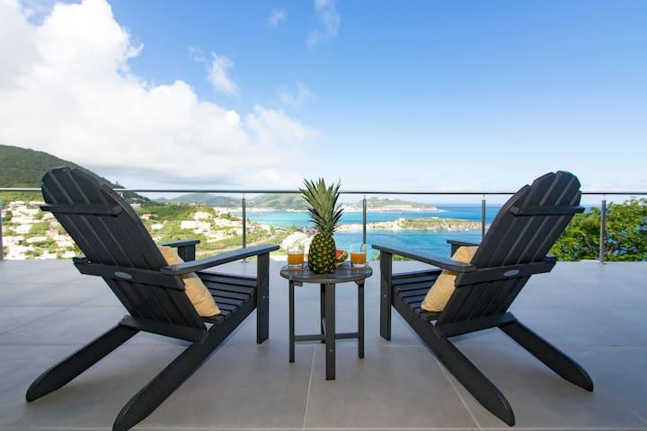 Villa Kailani 2 bedroom with Stunning Ocean Views