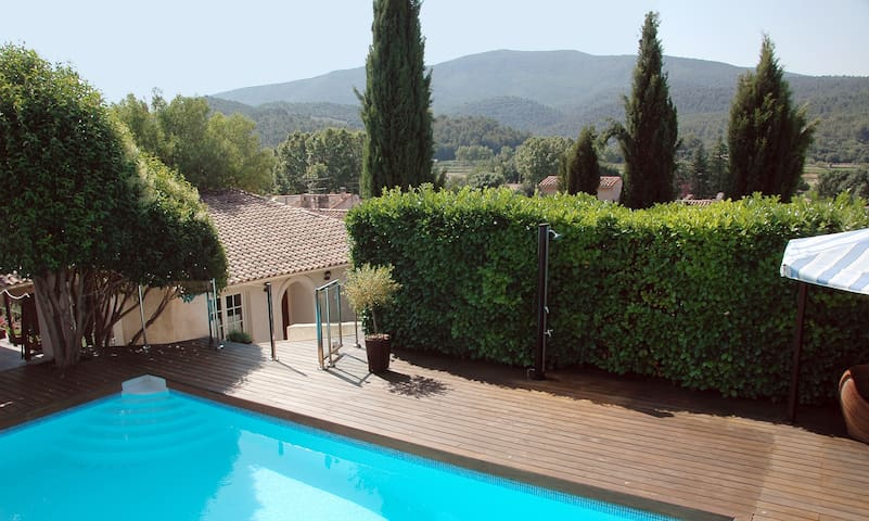 Petite Villa 4**** Piscine et Sauna - Auriol - Дом