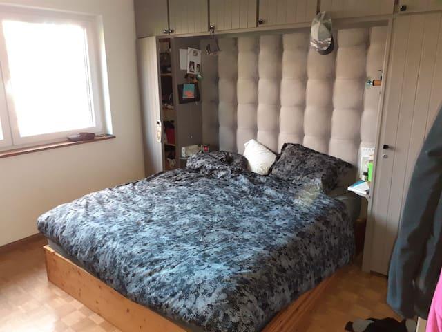 Chambre lit king size