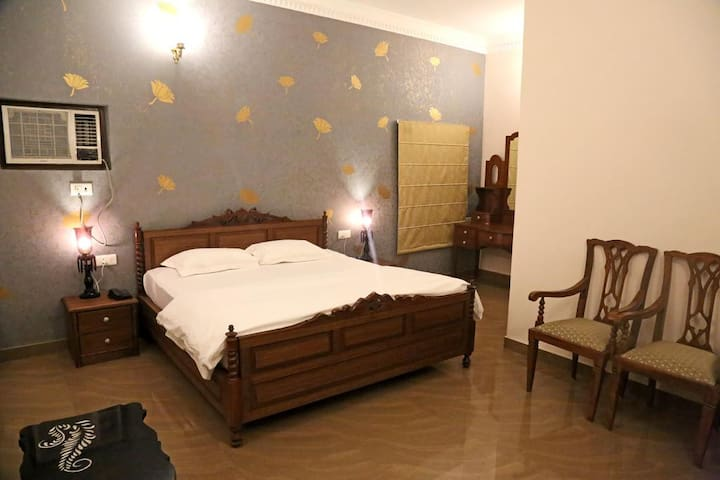 Super Deluxe Room At Assi Ghat
