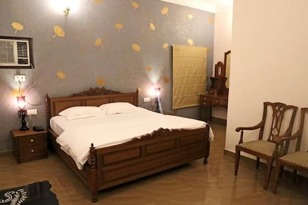Super Deluxe Room At Assi Ghat