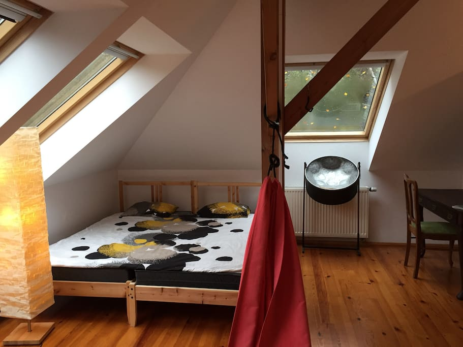 Sypialnia na poddaszu dla 1-3 osób