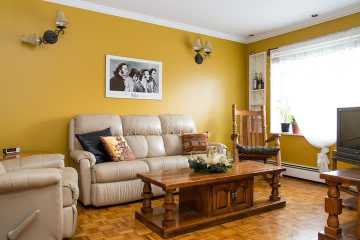 Calm & Cozy, close to the river - Montreal - Apartamento