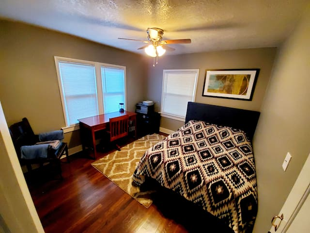 ⭐⭐ Waldo 1 Room 4 Rent ⭐⭐