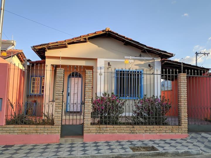 Casa de Vó - Linda casa recém-restaurada