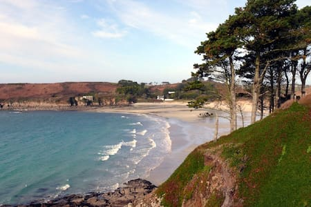 Face to Molène and Ouessant islands - Ploumoguer - Bed & Breakfast