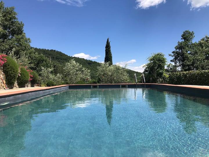 Private villa Trasimeno Cortona 8p