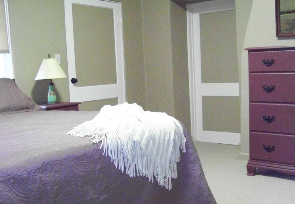 Queen Suite with attached bathroom