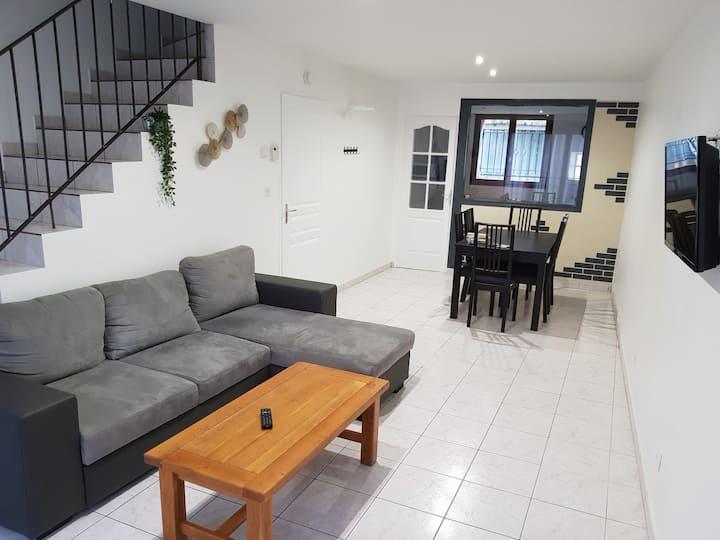*maison meublé 85 m² Amberieux en bugey