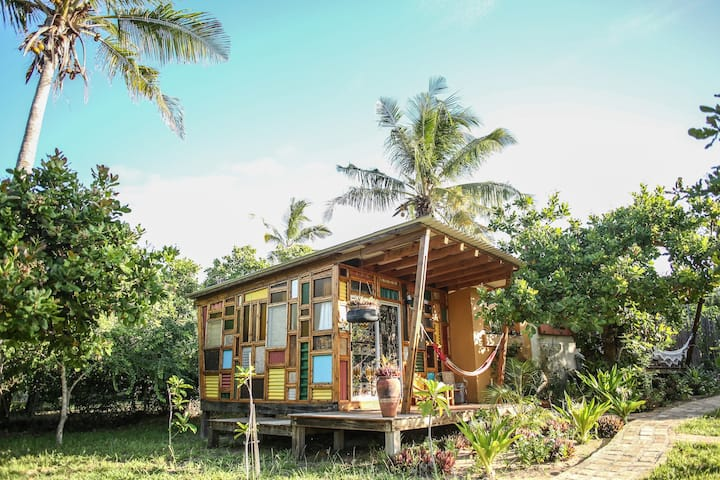 Funky Blondie private cabin in tropical oasis