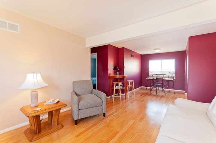 Private Downtown Rochester 2 Bedroom Condo - Rochester - Kondominium