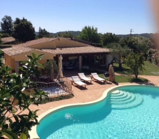 Villa con piscina privata - Loiri Porto San Paolo - Alojamiento vacacional