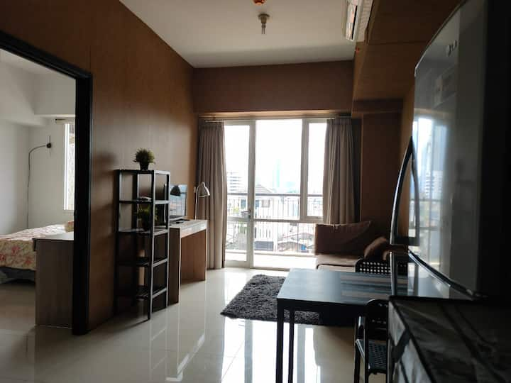 Cozy 1 Bedroom Apartment Kuningan