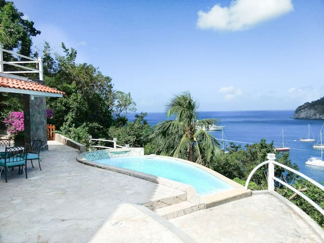 Maison Alissa Vacation Home with Pool & Ocean View