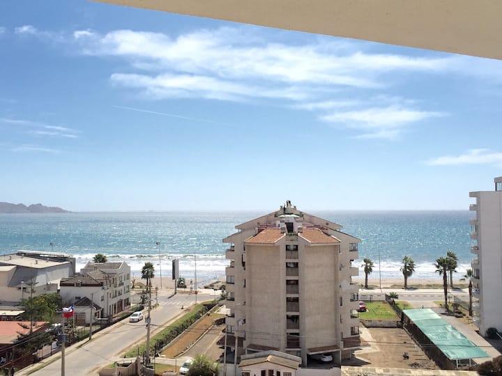 Frente al mar cómodono cerca al Casino, wifi, full