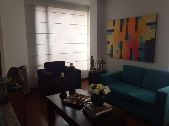 HERMOSO APARTAMENTO EN SANTA BARBARA - Bogotá - Apartamento