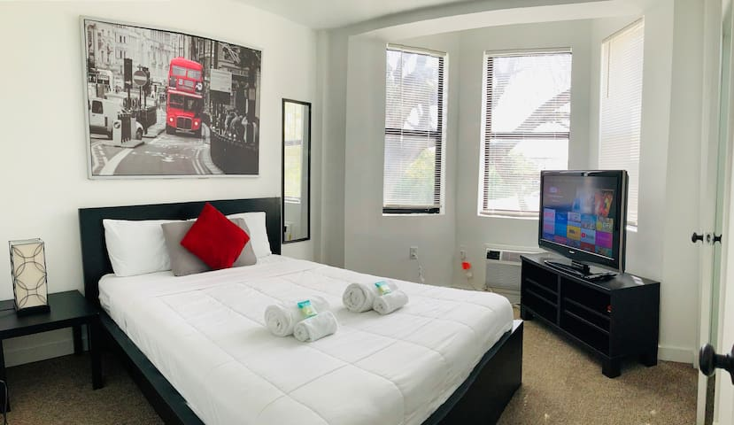 Cute and Cozy 1-Brm Apt in the Heart of Miami!!