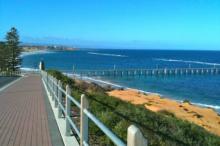 Best reef views in Port Noarlunga! - Port Noarlunga - Rumah