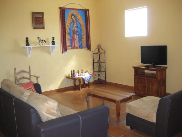 Casa Tonantzin in Teotihuacan - San Sebastian Xolalpa, Teotihuacan - Flat