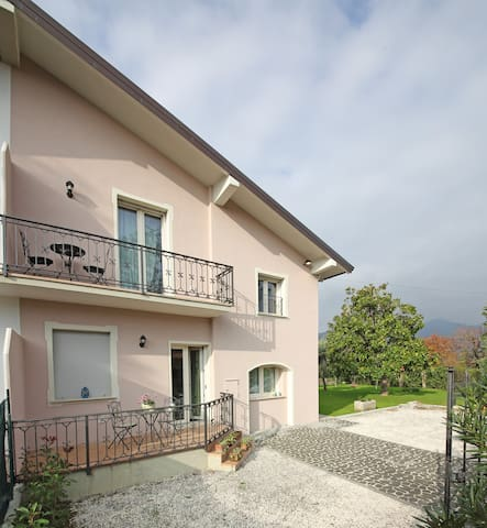 Great Villa near  the lake - San Felice del Benaco - Villa