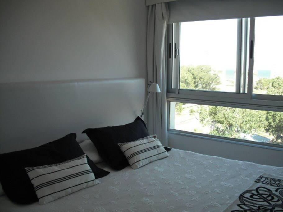 Master bedroom. New somnier.