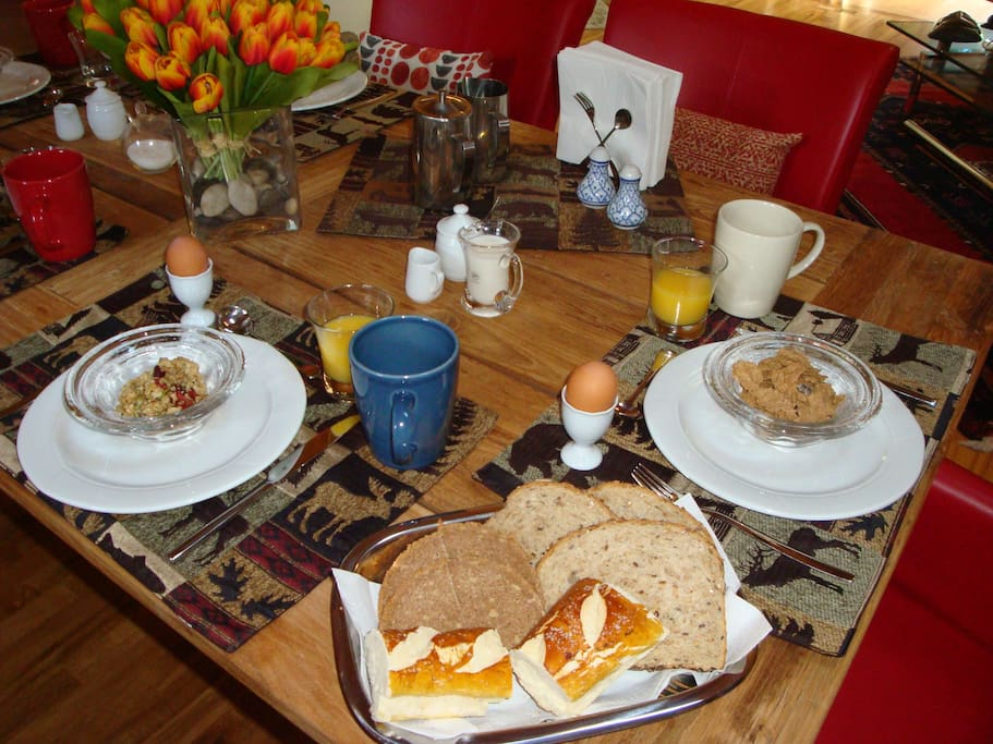 Start your day in the Rockies with a home made hot & cold breakfast