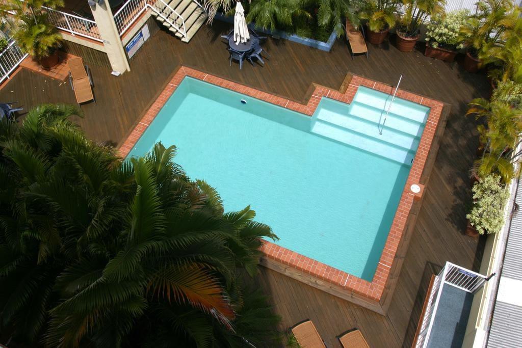 Swimming pool, BBQ and Gazebo