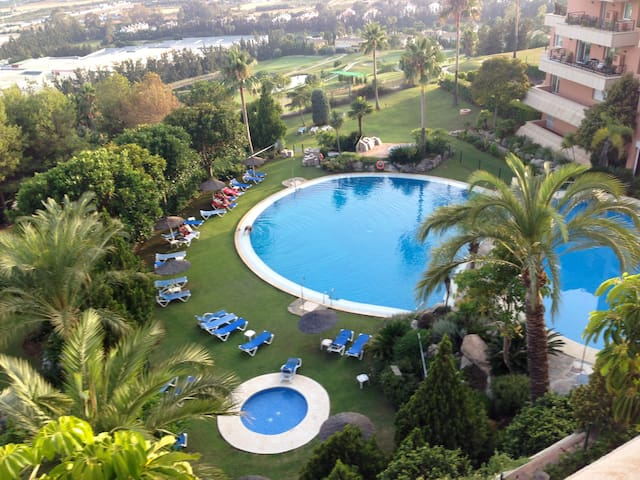 Stunning seaview in Marbella w brand new kitchen - Marbella - Apartment