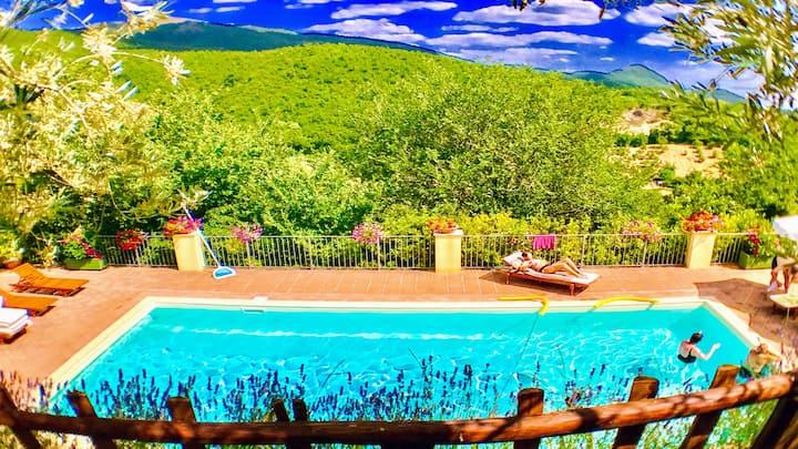 Spoleto Splash : Casa Vicolo/slps 4/5/WiFI/Aircon