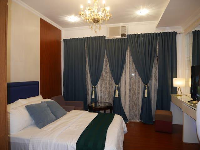 New Cozy Condo in Ayala Cebu with Wifi and Netflix