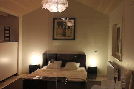Guesthouse DenBeukelink Finse Sauna - Aalst - B&B
