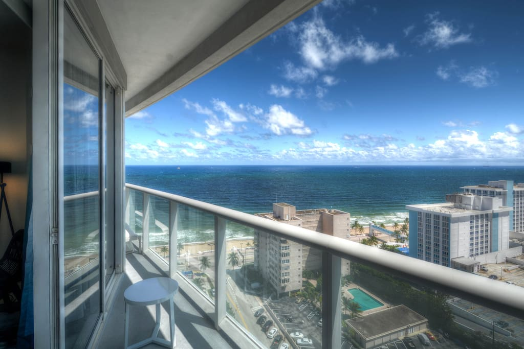 Modern Luxury Beach Hotel 2 Bedroom Paradise 20 Resorts For Rent In Fort Lauderdale Florida