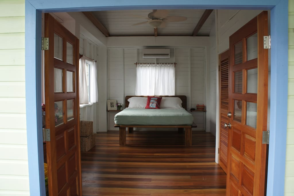 King size beds, bright, and airy rooms