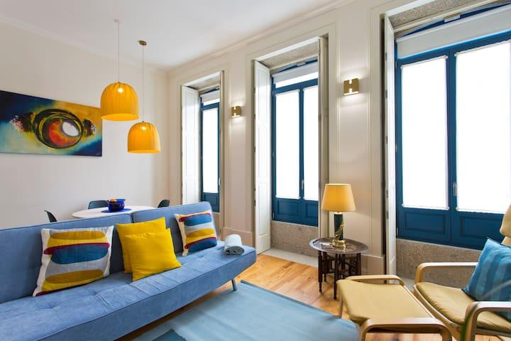 Stylish apartment-historic center